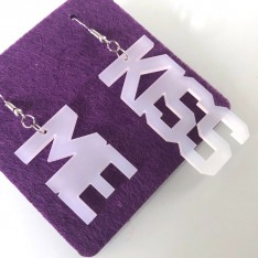 Earrings Lettering_Kiss Me